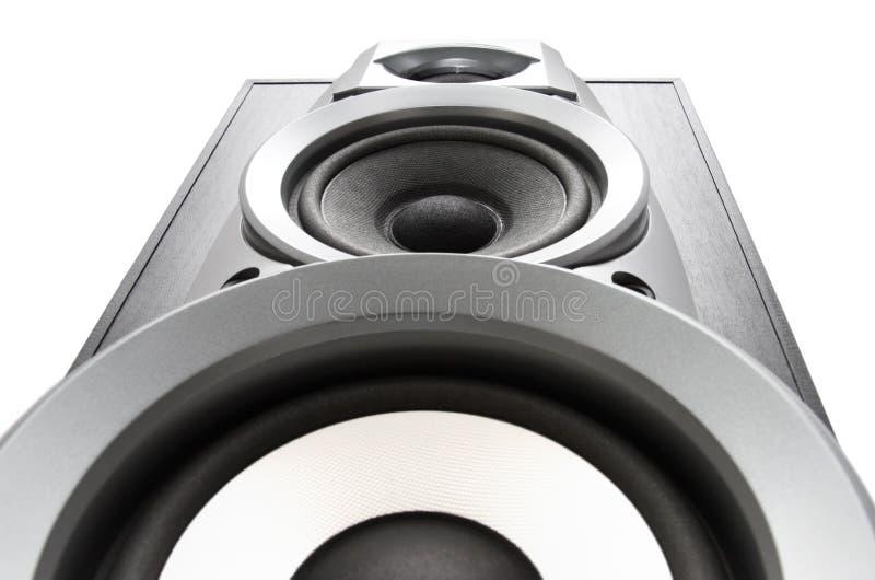 Große Ansicht von unten des lauten Lautsprechers lizenzfreie stockfotografie