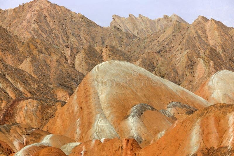 Große bunte Berge in China stockbild
