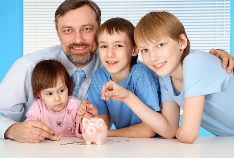 Download Große Familie zu Hause stockfoto. Bild von unterhaltung - 26370868