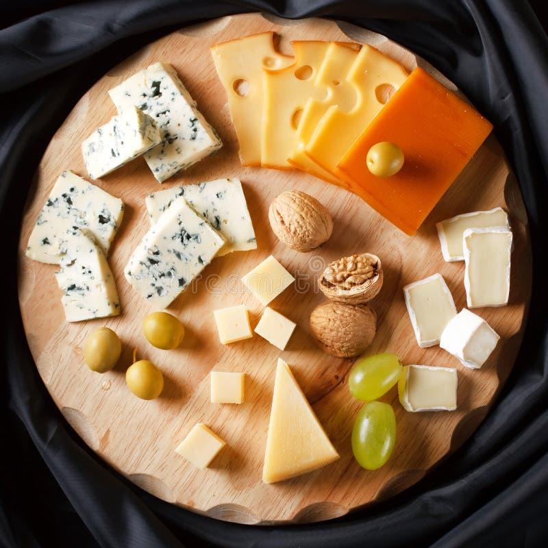 Große Gruppe Käse stockbild