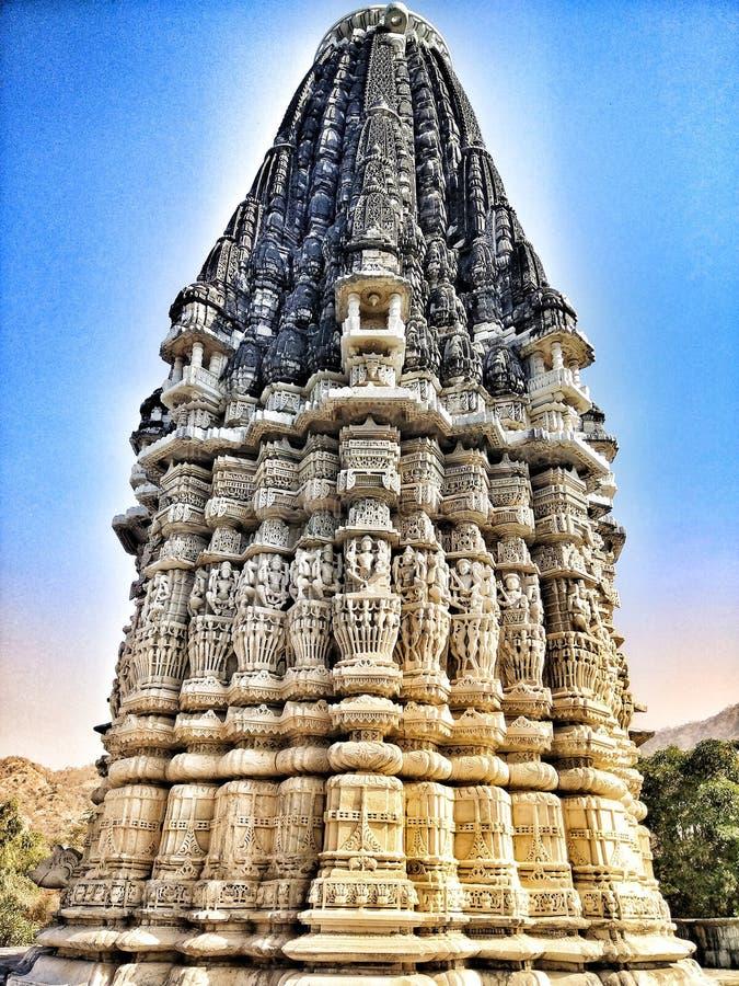Große Künste des Jain Tempels mit Marmor lizenzfreie stockfotografie
