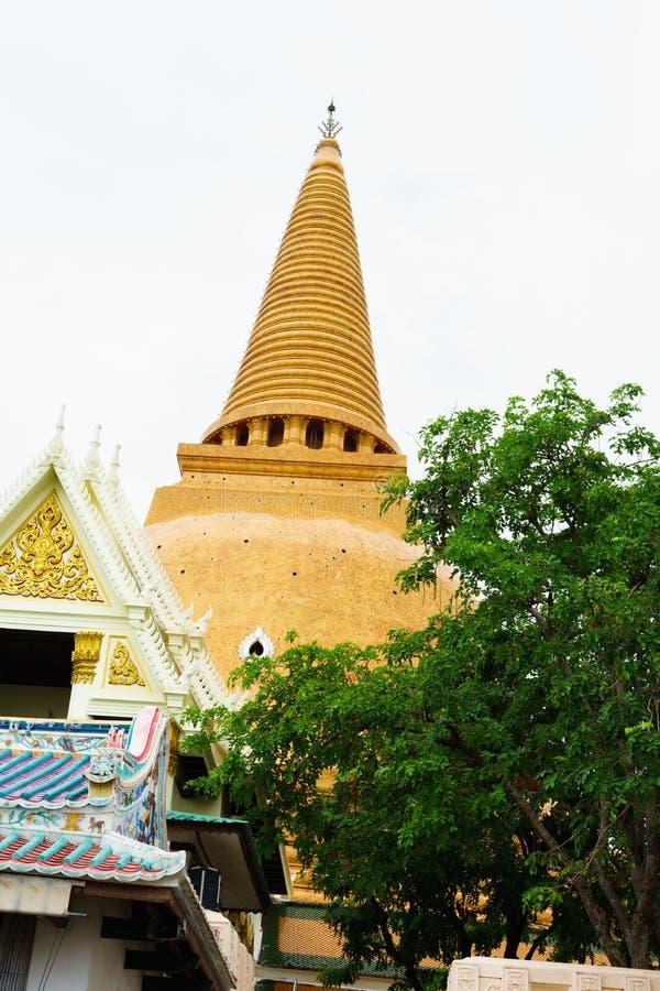 Große Pagode Phra Pathom Chedi, Nakhon- Pathomprovinz, Thailand lizenzfreie stockbilder