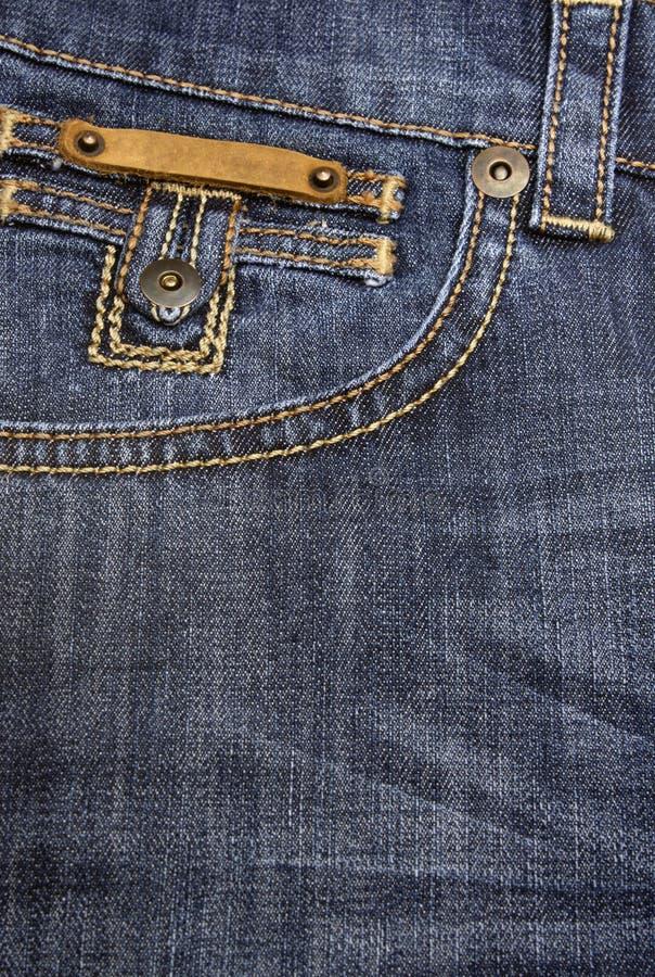 Große rückseitige Tasche auf Jeans lizenzfreie stockbilder
