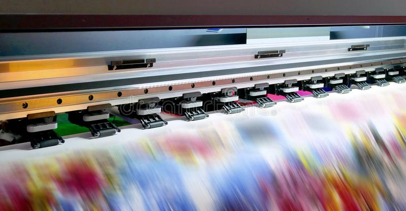 Große Tintenstrahldruckmaschine lizenzfreies stockbild