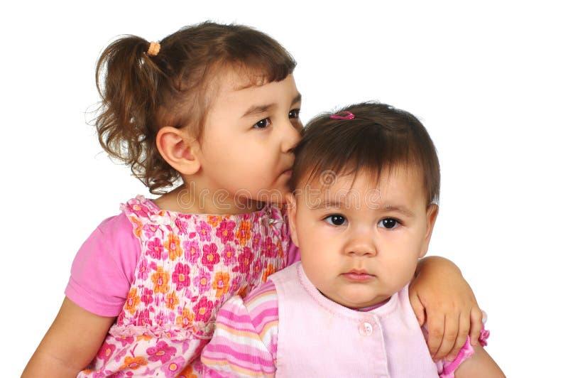 Große und kleine Schwestern lizenzfreies stockfoto