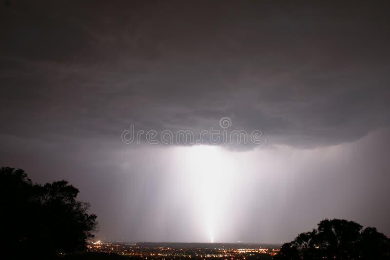 Großer Blitz-Bolzen lizenzfreies stockfoto