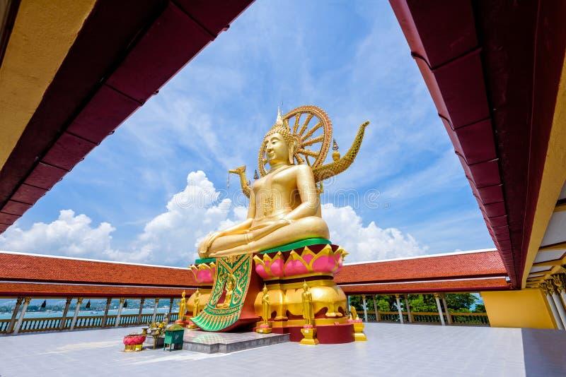 Großer Buddha-Tempel bei Koh Samui stockfotos