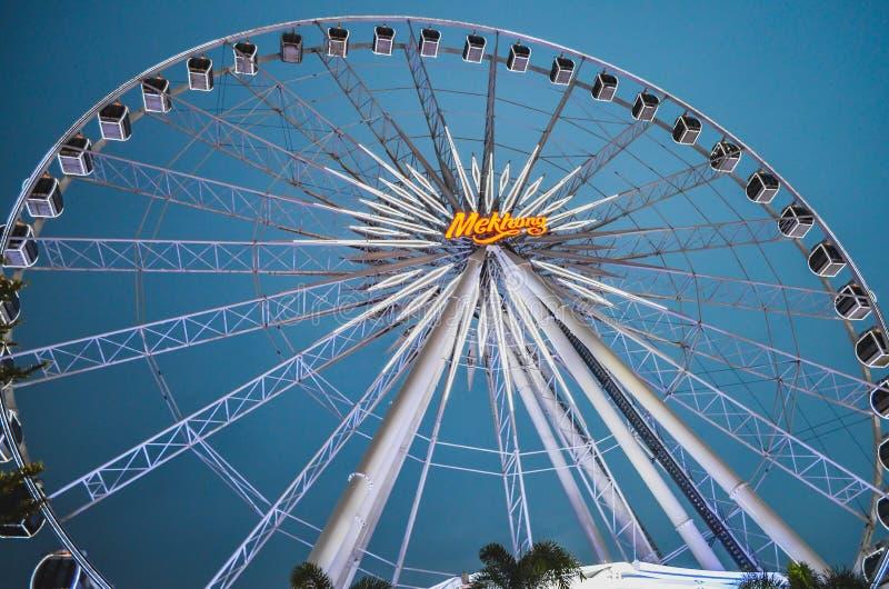 Großer Ferris Wheel bei Asiatique der Flussufer, Bangkok stockbilder