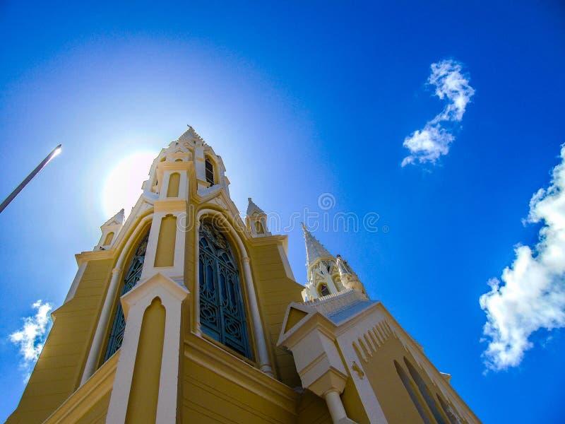 Großer Kirchturm im Margarita stockbild