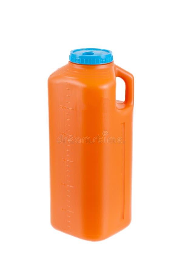 Großer Plastikbehälter für Urinproben stockfotos