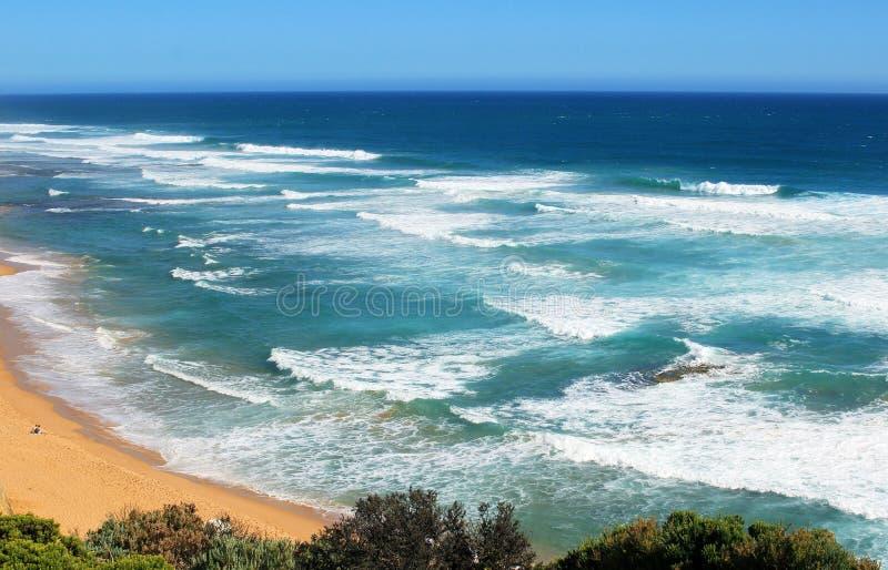 Großer Raum des blauen Ozeans stockfotografie