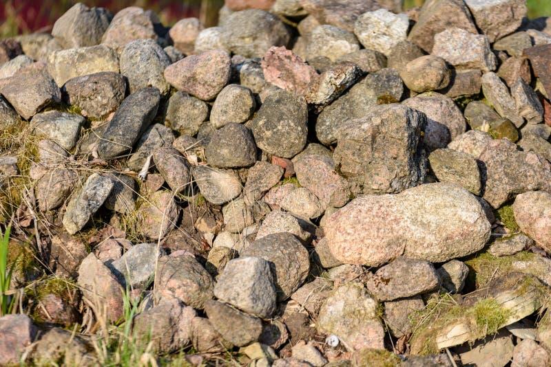 Großer Stapel von Felsen stockbilder