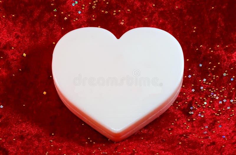 Großer weißer unbelegter Valentinsgruß stockfotografie