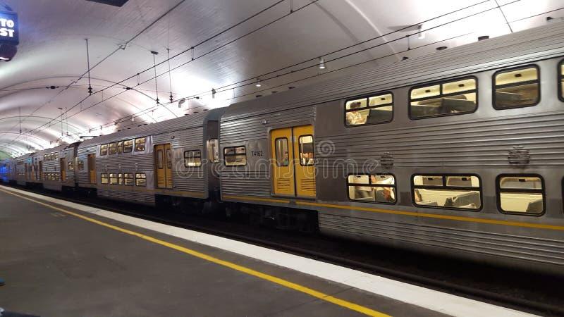 Großer Zug in Sydney lizenzfreie stockfotografie