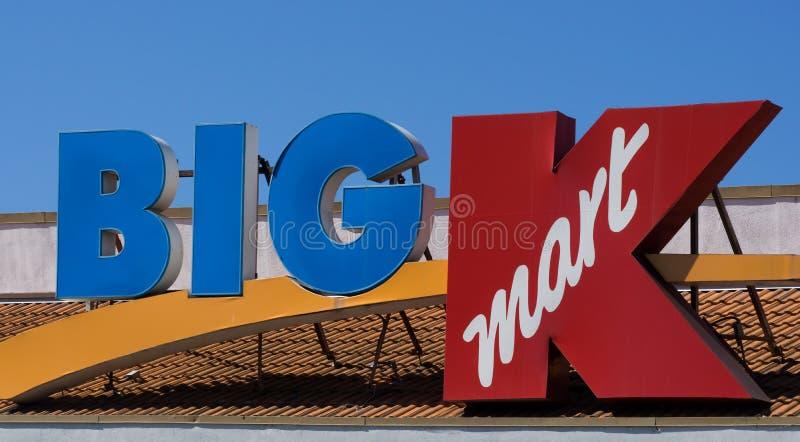 Großes Einzelhandelsgeschäftäußeres Kmarts stockbilder