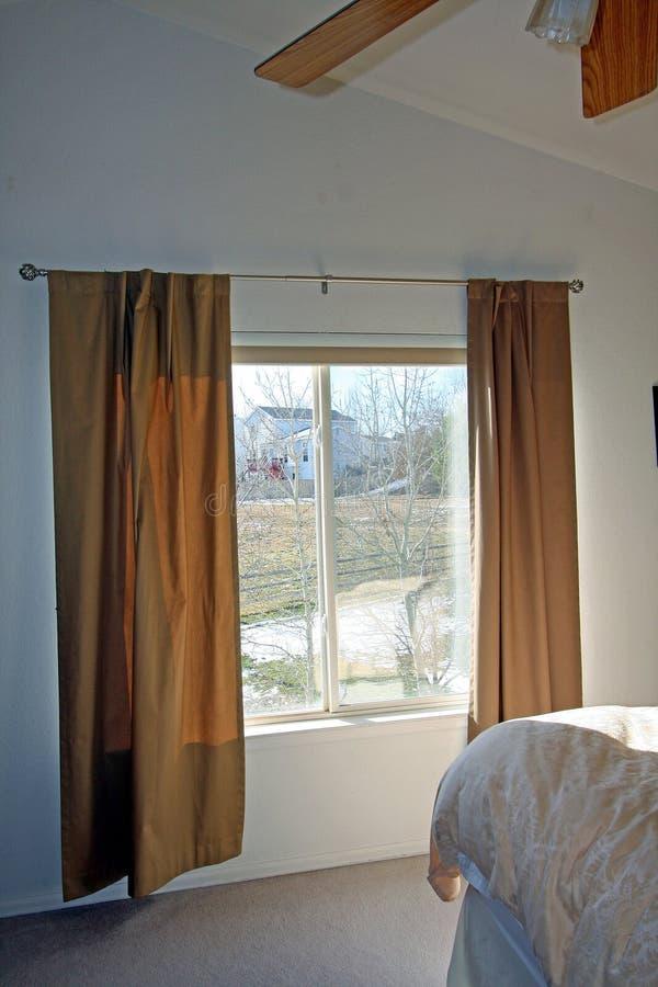Download Großes Fenster Im Schlafzimmer Stockfoto   Bild: 12046722