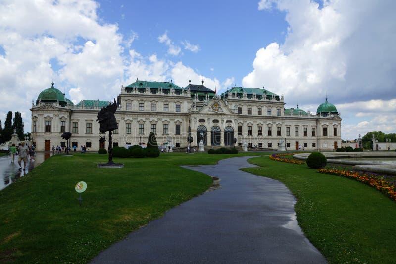 Großes Gebäude in Österreich Wien stockfotos
