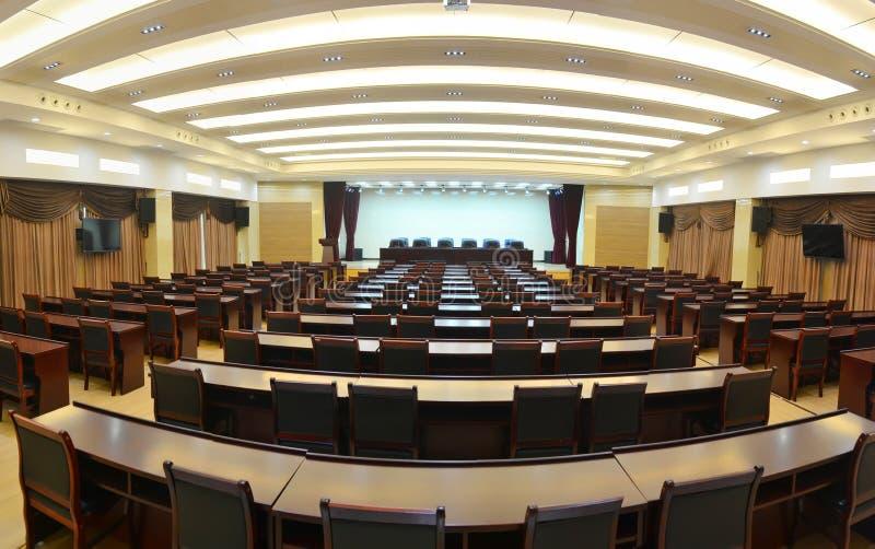 Großes Konferenzzimmer lizenzfreie stockfotografie