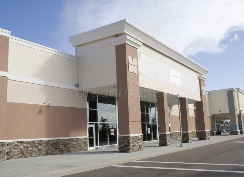 Großes leeres Einzelhandelsgeschäft lizenzfreies stockfoto