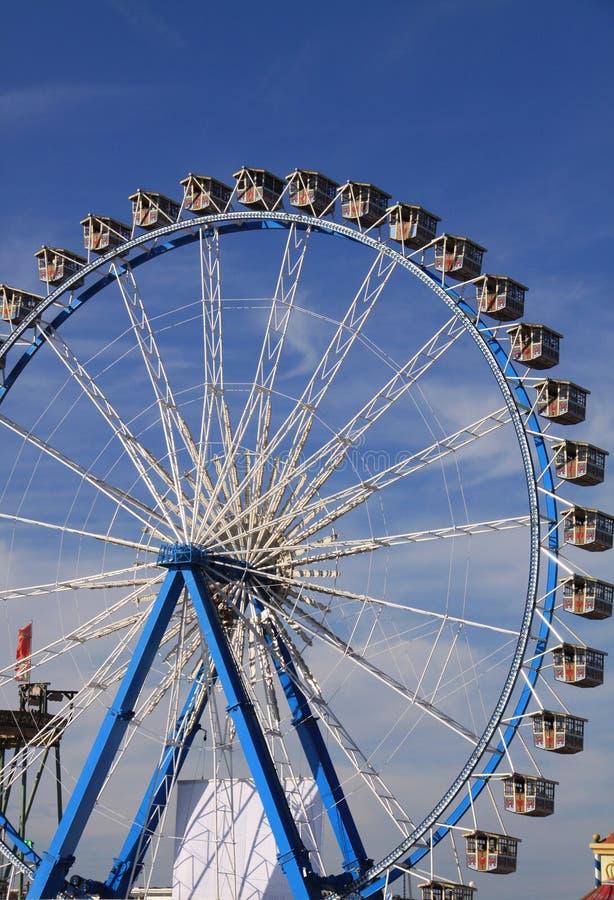 Großes Rad bei Oktoberfest, München stockfoto