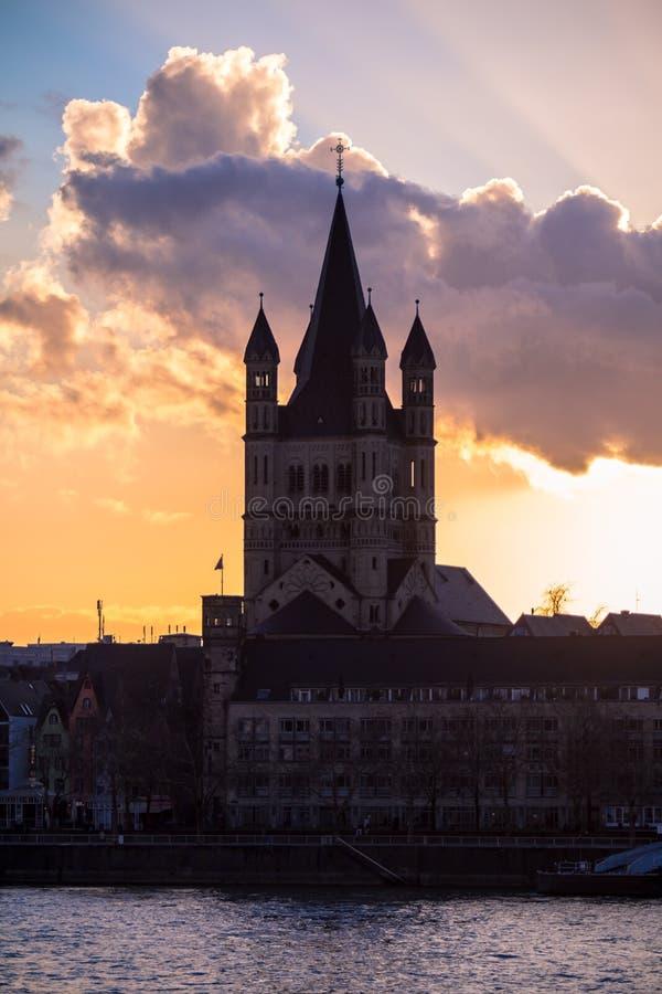 Großes St. Martin Church in Köln stockbild