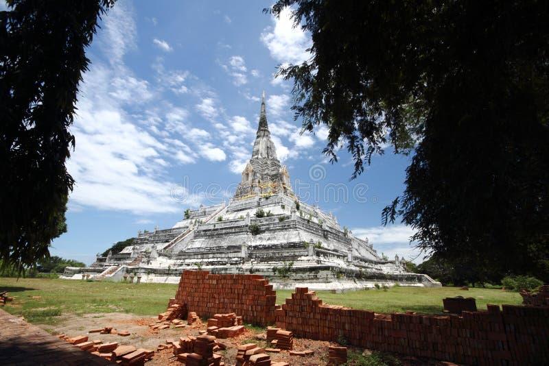 Download Großes stupa stockfoto. Bild von reise, remains, ziegelstein - 26368674