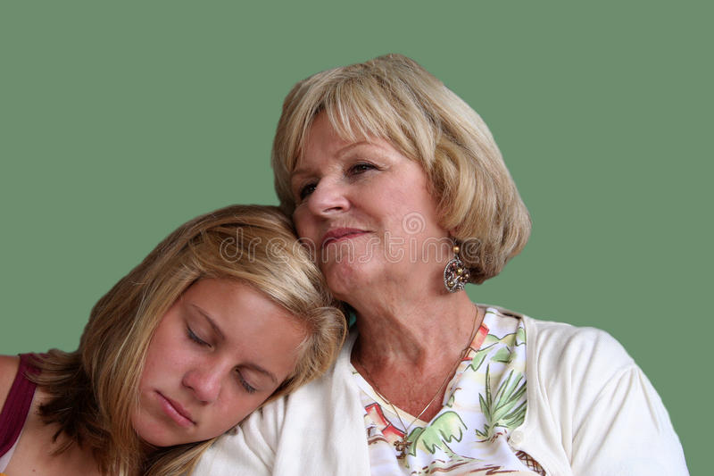 Großmutter und Enkelin stockfotografie