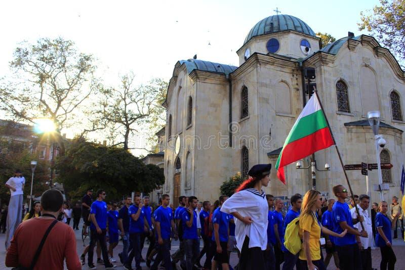Großsegler-Regatta-Mannschafts-Parade Varna 2016 Bulgarien lizenzfreies stockfoto