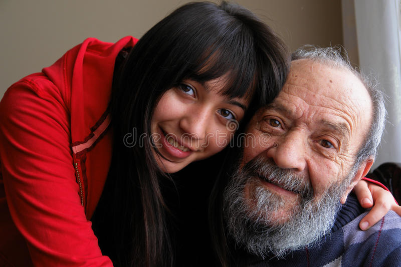 Großvater und Enkelin lizenzfreies stockbild