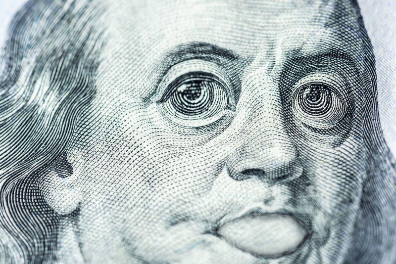 Gro?e Augen von Benjamin Franklin mit hundert Dollarschein, ein Symbol der Inflation, Anerkennung, Abwertung, Nahaufnahme vektor abbildung