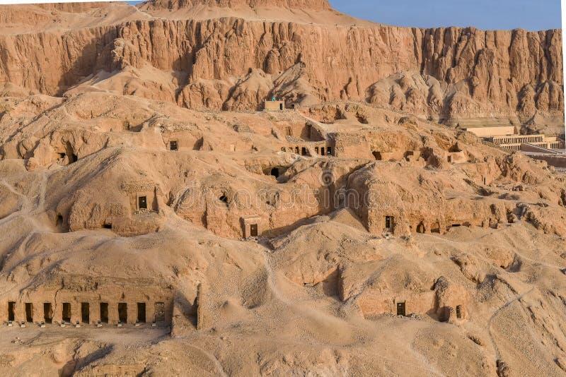 Grobowowie w królowej dolinie i Deir al kompleksie fotografia royalty free