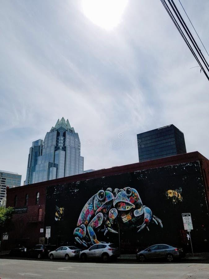 Grodaväggmålning vid den 6th gatan Austin royaltyfri bild