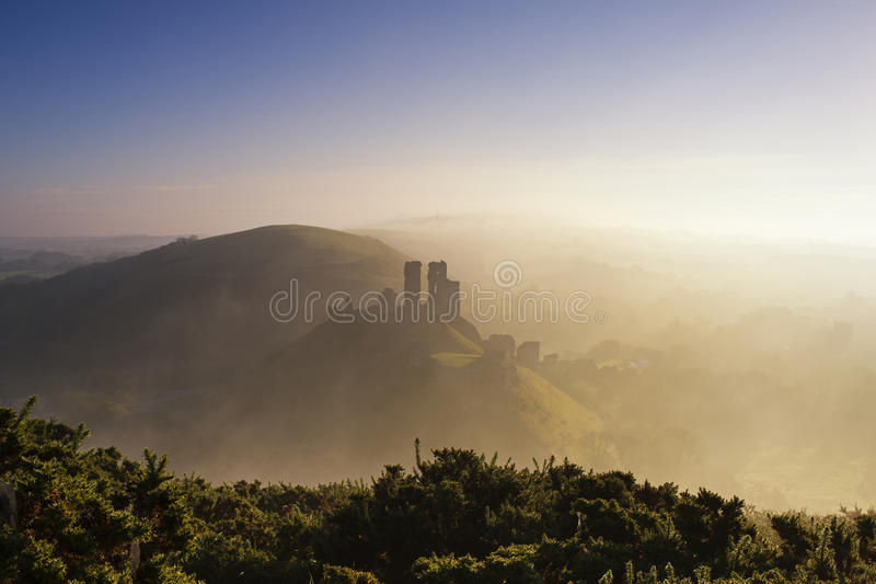 grodowa mgły ranek sylwetka fotografia royalty free