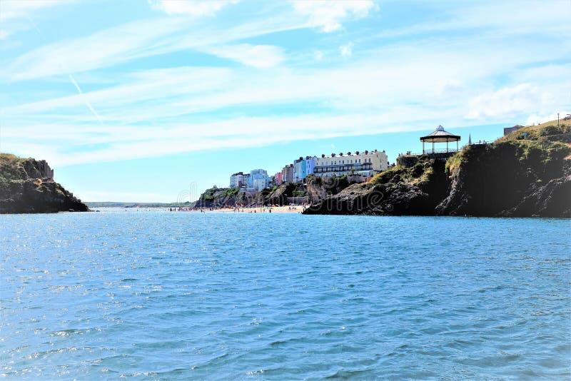 Grodowa plaża, Tenby, południowe walie, UK obrazy stock