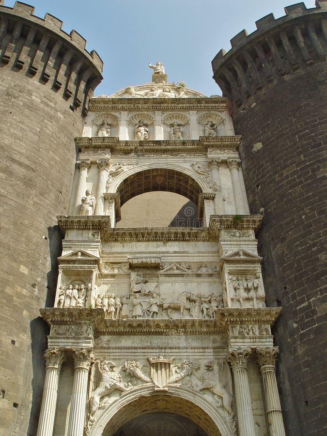grodowej bramy średniowieczna rzeźba obraz royalty free