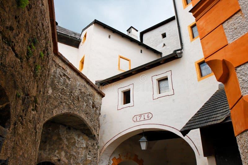 grodowy hohensalzburg góruje ściany obraz royalty free