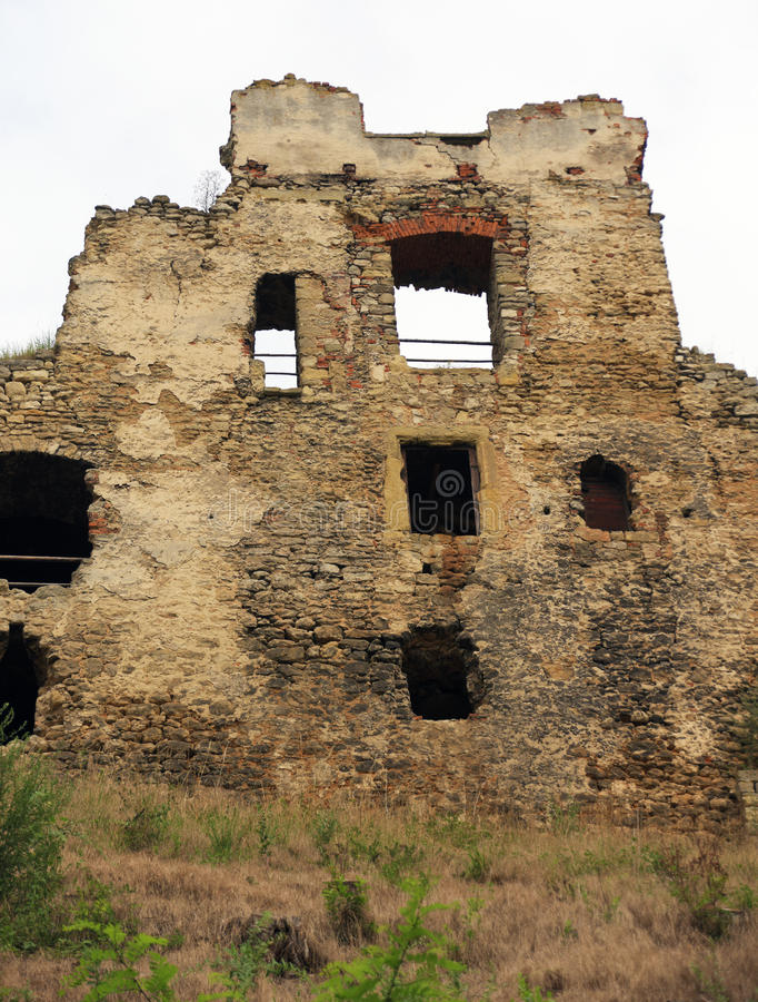 Grodowy Zviretice blisko grodzkiego Bakov fotografia stock