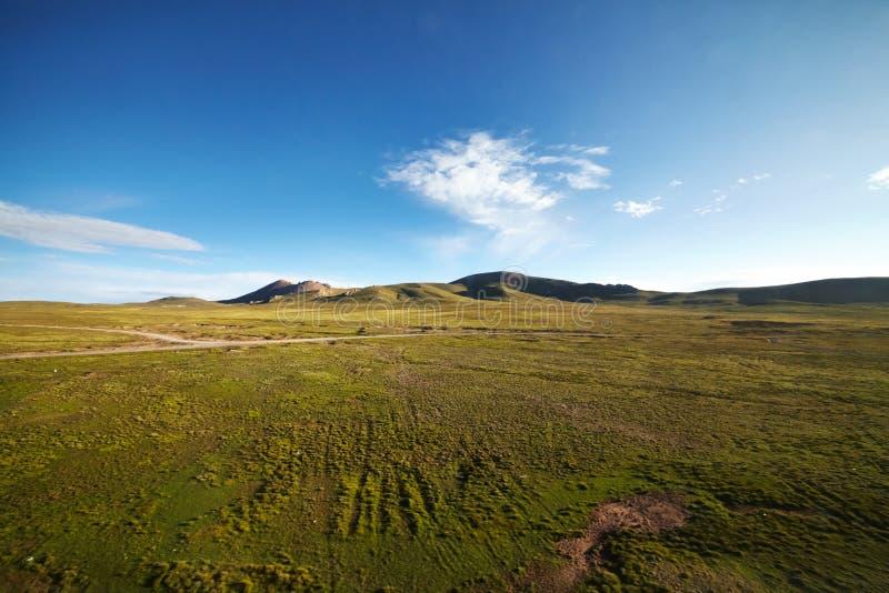 Groen berglandschap royalty-vrije stock afbeelding