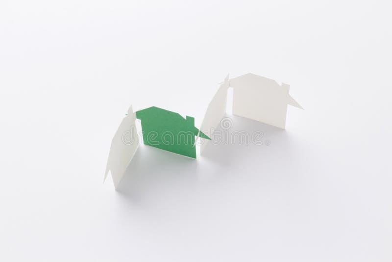 Groen in de groepsmening van het ecohuis stock afbeelding