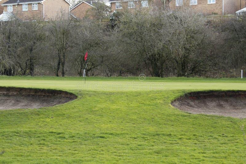 Groen golf en een Zandbunker op Sunny Day royalty-vrije stock fotografie