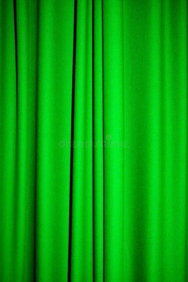 Groen gordijn stock afbeelding. Afbeelding bestaande uit linnen ...