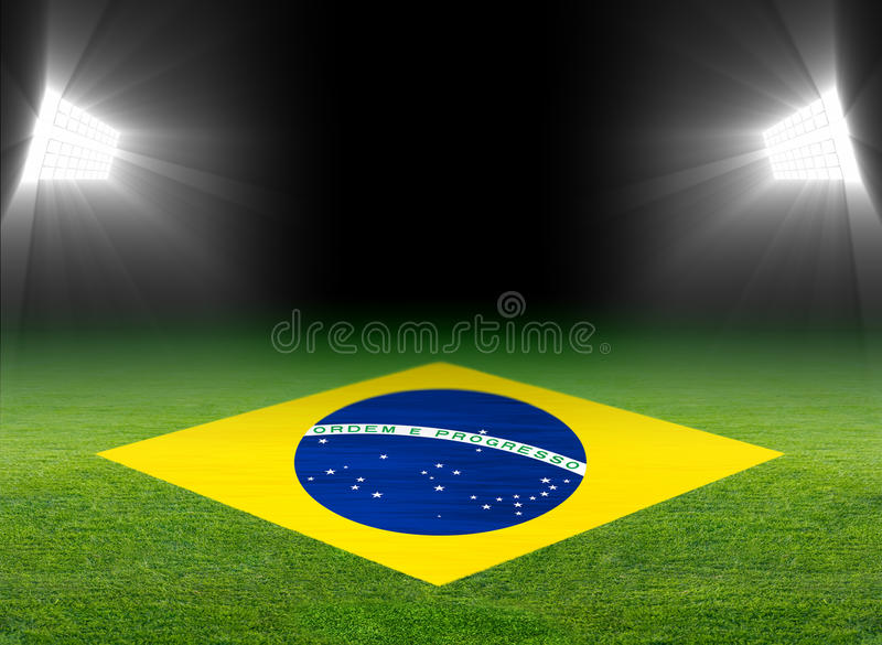 Groen voetbalgebied, de vlag van Brazilië royalty-vrije illustratie