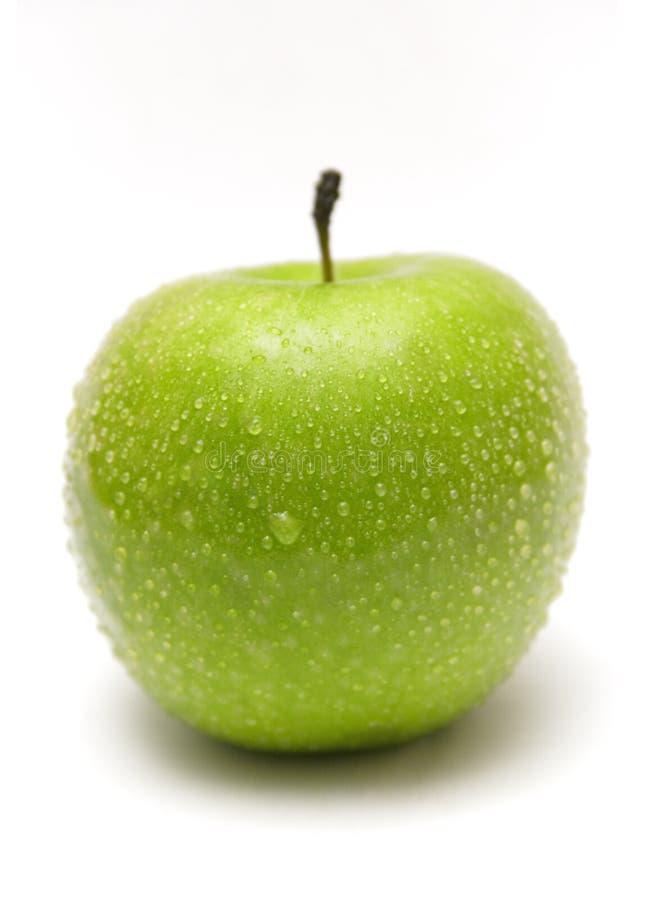 Groene Appel met Waterdrops royalty-vrije stock afbeeldingen