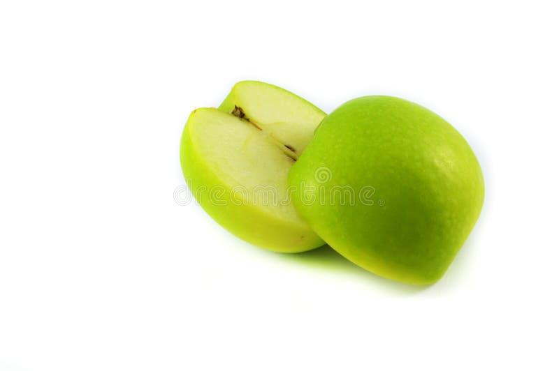 Groene appelvruchten met besnoeiing stock foto's