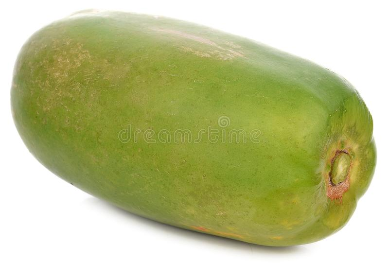 Groene die papaja op witte achtergrond wordt geïsoleerd royalty-vrije stock afbeelding