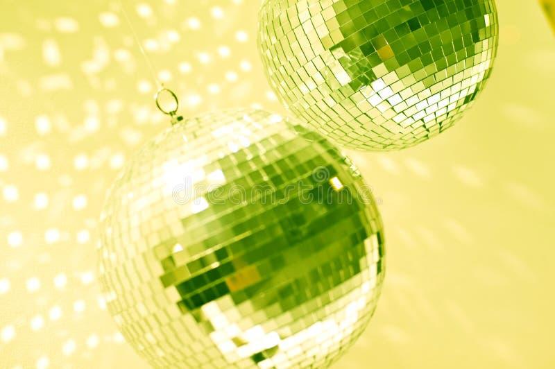 Groene discobollen royalty-vrije stock afbeeldingen