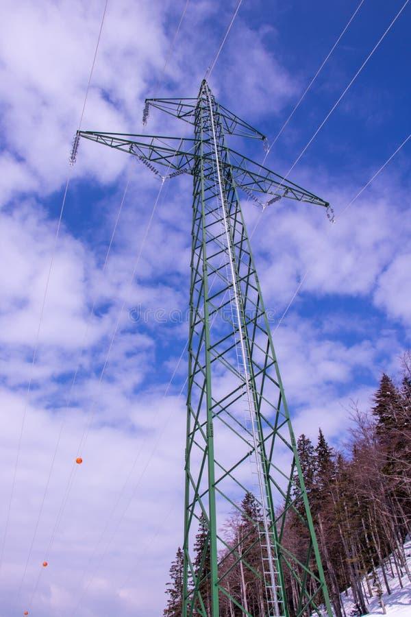 Groene elektrische toren van kant royalty-vrije stock afbeeldingen