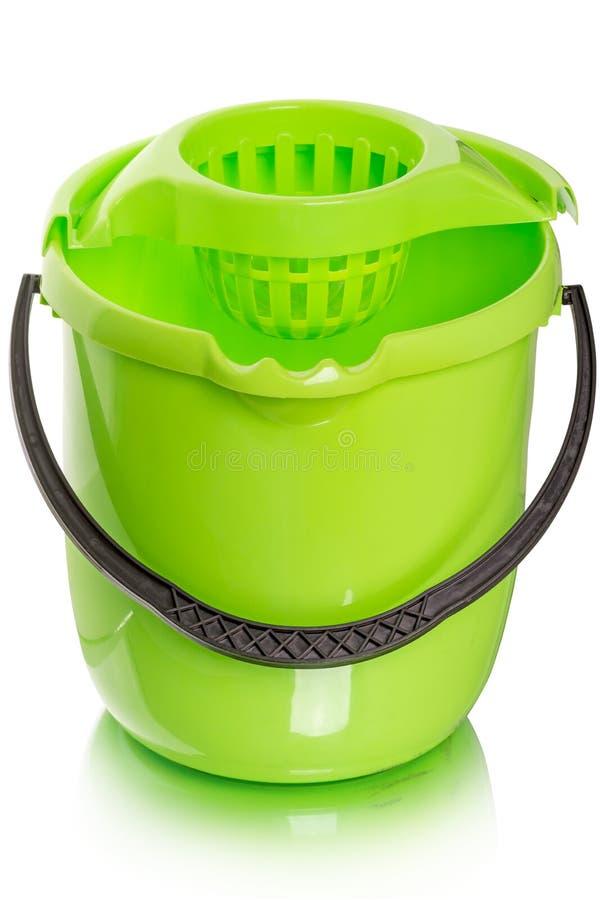 Groene emmer voor het natte schoonmaken royalty-vrije stock foto