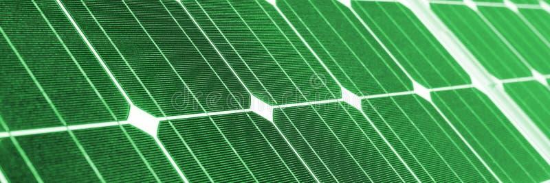 Groene energie, groen zonnepaneel stock foto's