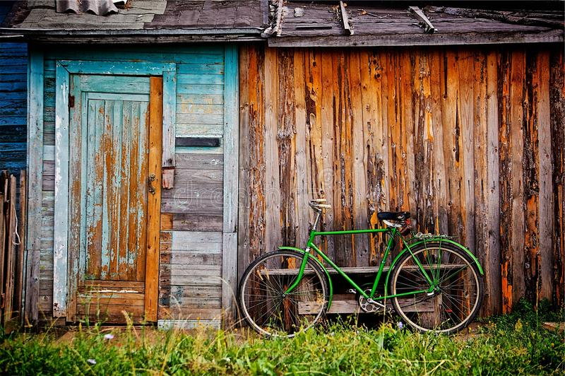 Groene fiets stock afbeeldingen